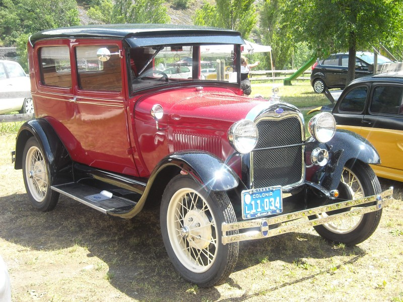 Ford-A-1929-800x600